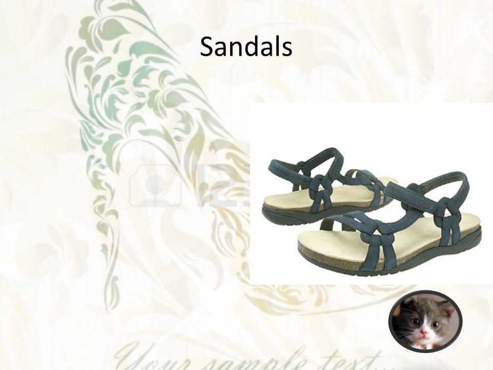 Boots Berbentuk panjang dimulai dari mata kaki sampai betis, dengkul hingga ke paha.