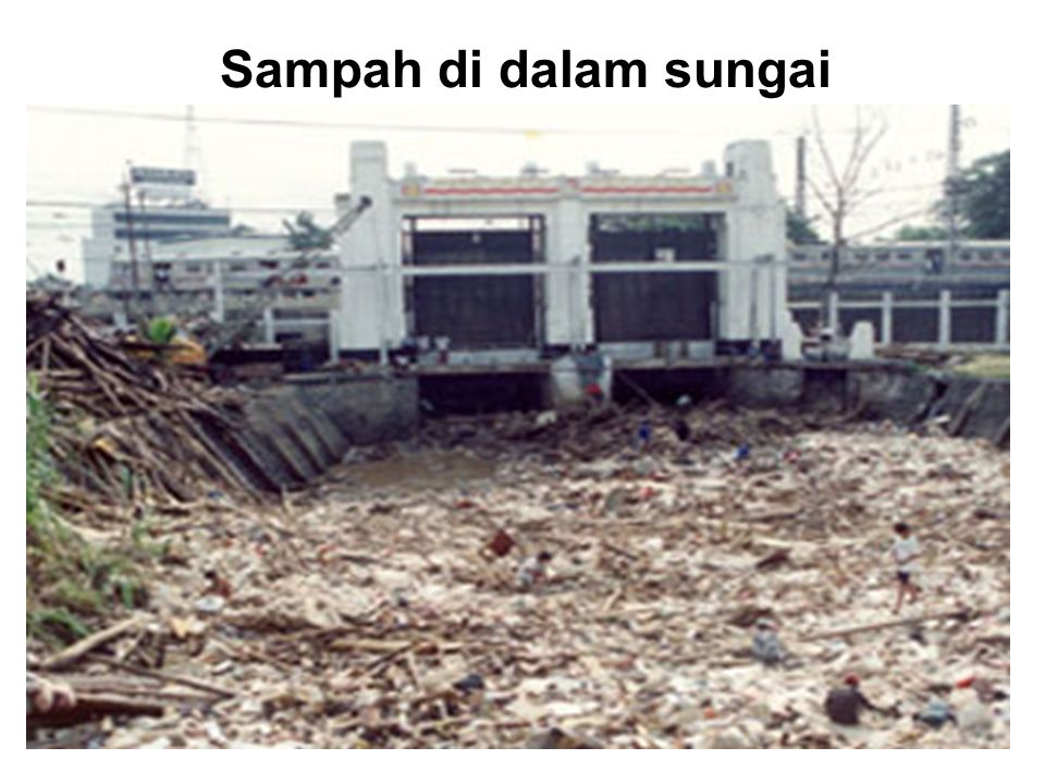 Sampah di dalam sungai