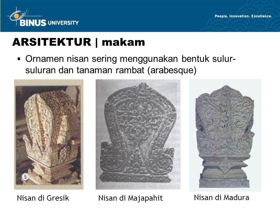 ARSITEKTUR | makam Ornamen nisan sering menggunakan bentuk sulur-suluran dan tanaman rambat (arabesque)