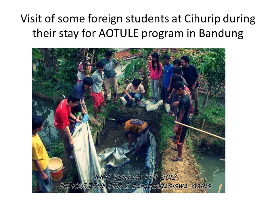 Visit of some foreign students at Cihurip during their stay for AOTULE program in Bandung