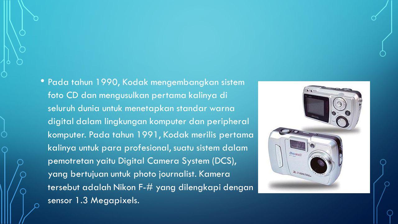 Pada tahun 1990, Kodak mengembangkan sistem foto CD dan mengusulkan pertama kalinya di seluruh dunia untuk menetapkan standar warna digital dalam lingkungan komputer dan peripheral komputer.