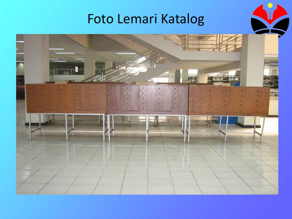 Foto Lemari Katalog