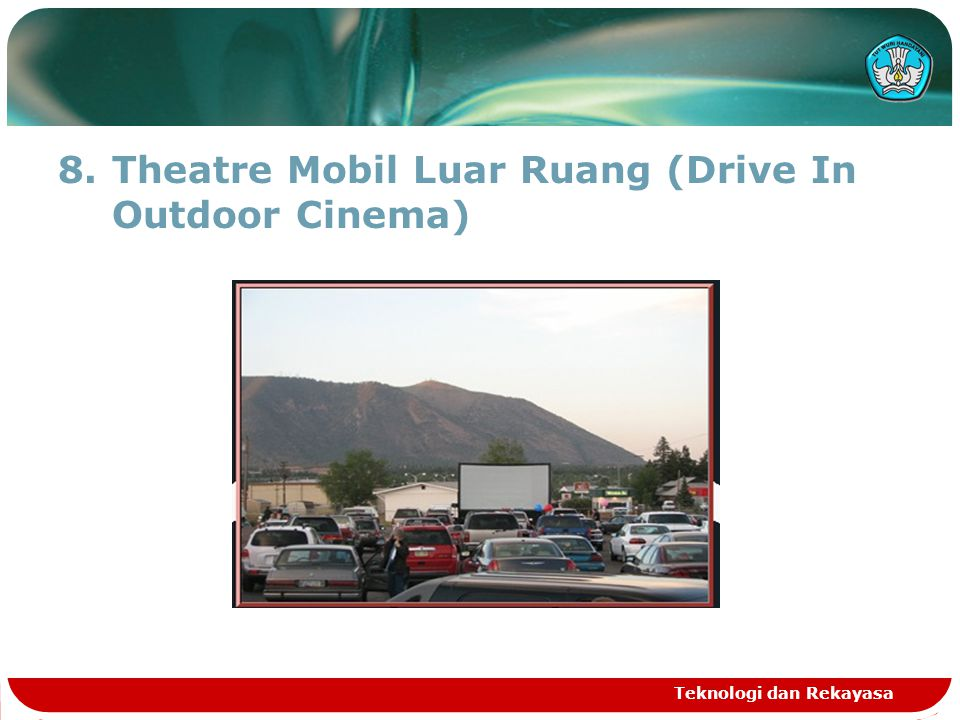 Theatre Mobil Luar Ruang (Drive In Outdoor Cinema)