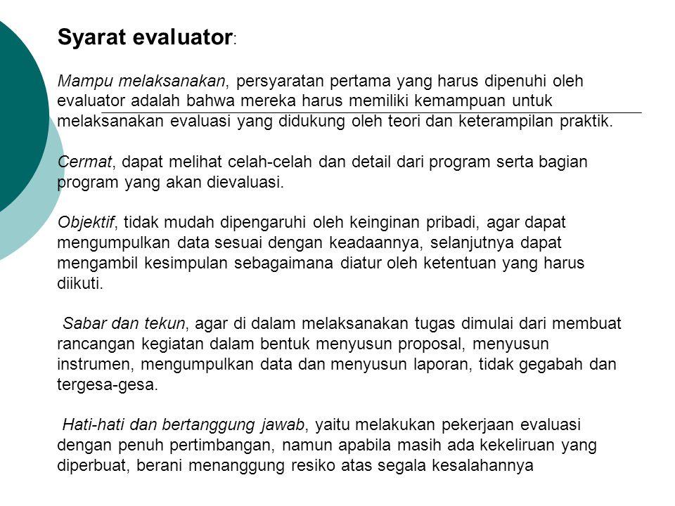 Syarat evaluator: