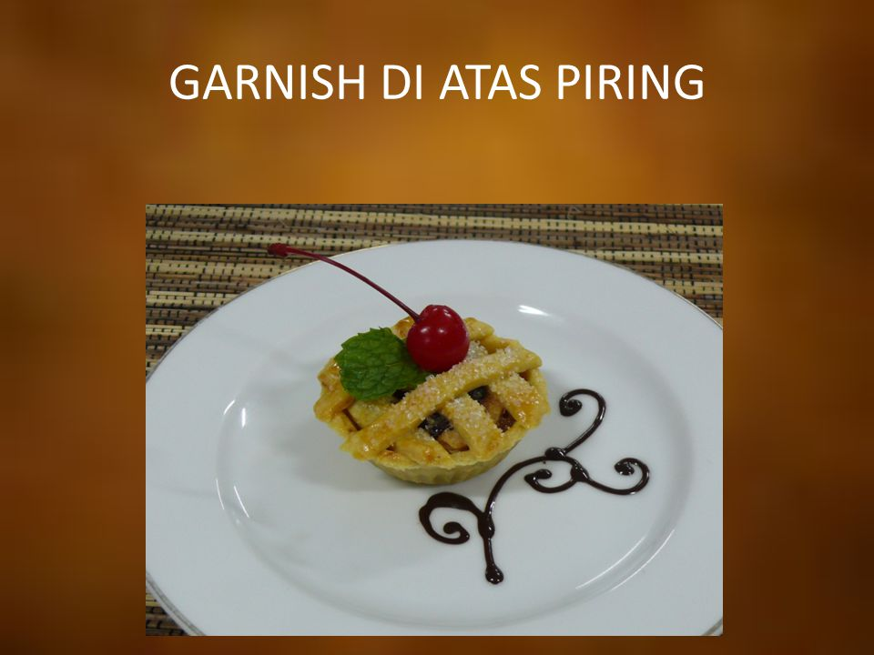 GARNISH DI ATAS PIRING