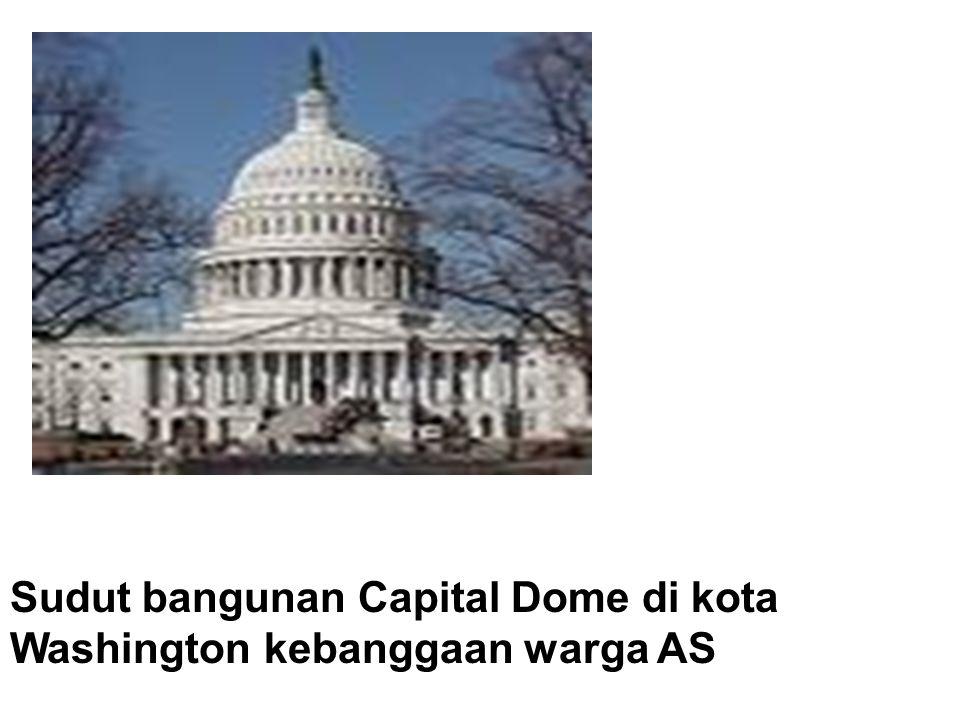 Sudut bangunan Capital Dome di kota