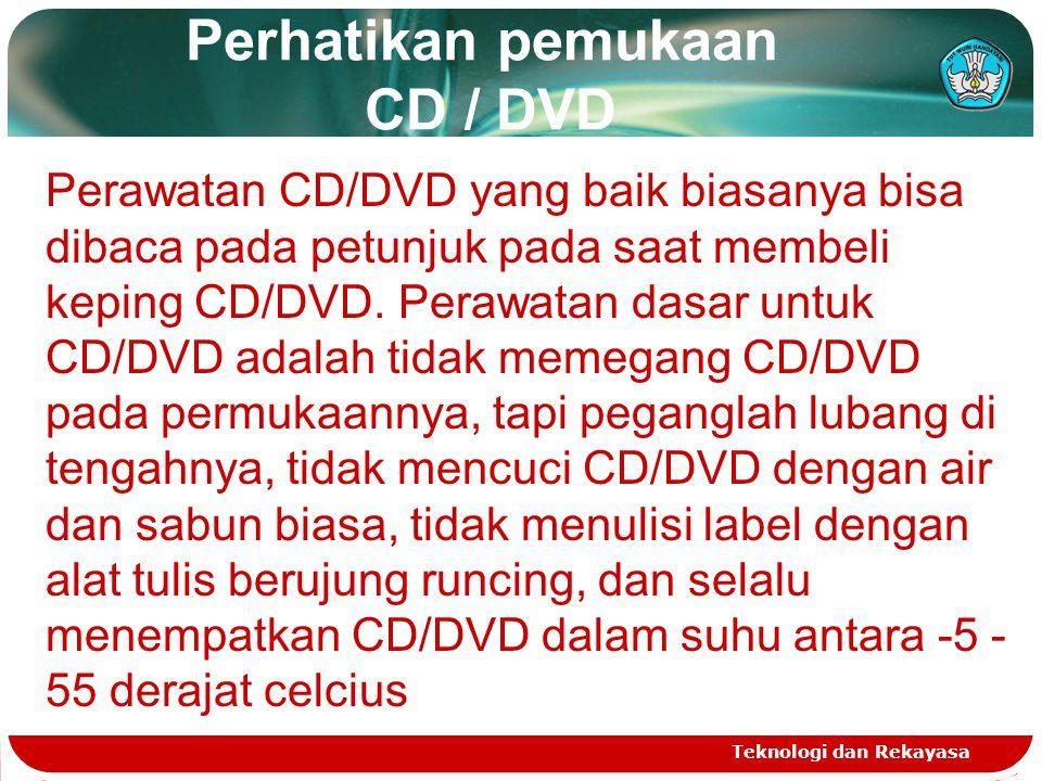 Perhatikan pemukaan CD / DVD