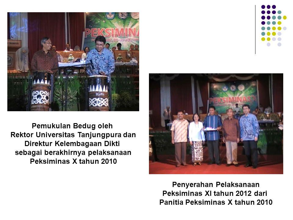 Pemukulan Bedug oleh Rektor Universitas Tanjungpura dan