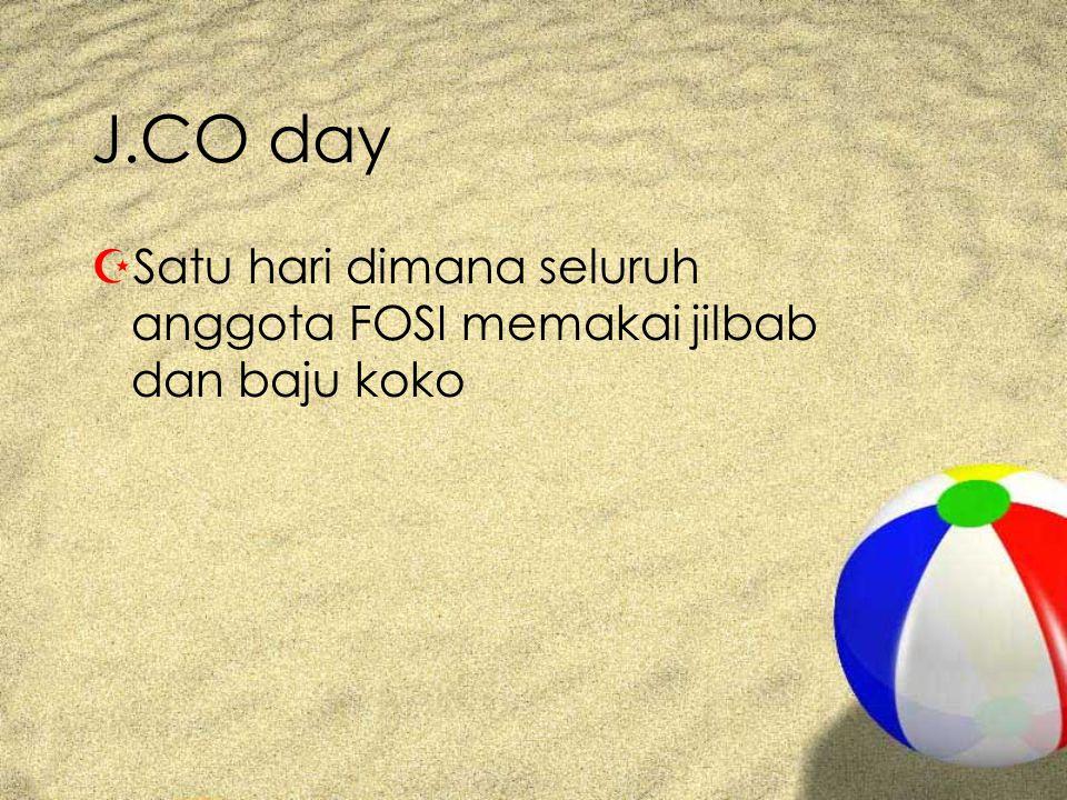 J.CO day Satu hari dimana seluruh anggota FOSI memakai jilbab dan baju koko