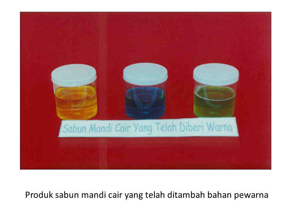 Produk sabun mandi cair yang telah ditambah bahan pewarna