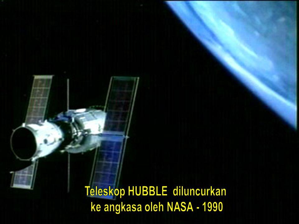 Teleskop HUBBLE diluncurkan