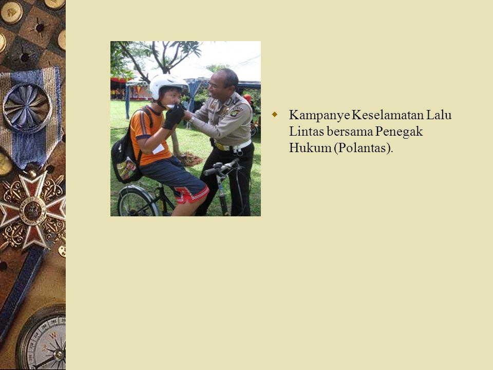 Kampanye Keselamatan Lalu Lintas bersama Penegak Hukum (Polantas).