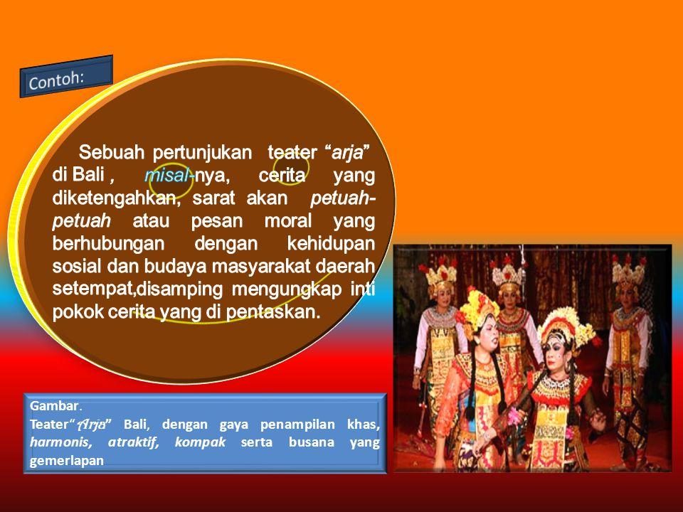 Sebuah pertunjukan teater arja di Bali
