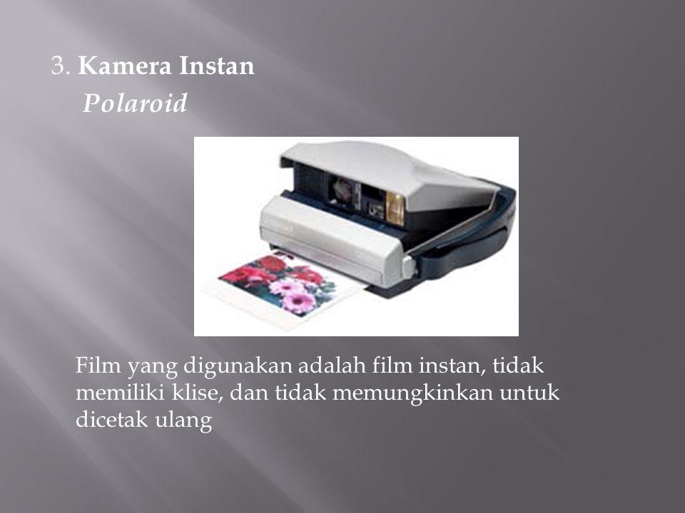 3. Kamera Instan Polaroid