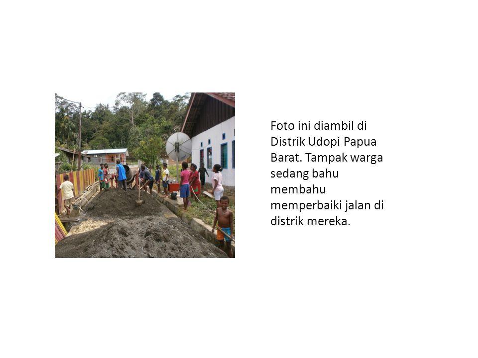Foto ini diambil di Distrik Udopi Papua Barat