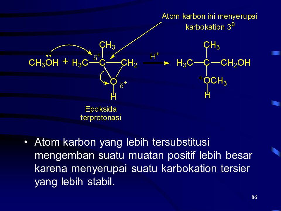 Atom karbon yang lebih tersubstitusi mengemban suatu muatan positif lebih besar karena menyerupai suatu karbokation tersier yang lebih stabil.