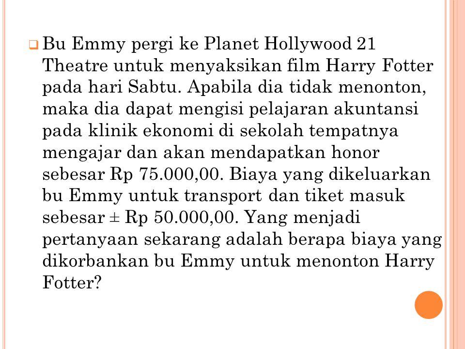 Bu Emmy pergi ke Planet Hollywood 21 Theatre untuk menyaksikan film Harry Fotter pada hari Sabtu.