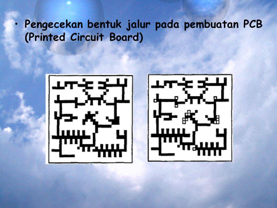 Pengecekan bentuk jalur pada pembuatan PCB (Printed Circuit Board)
