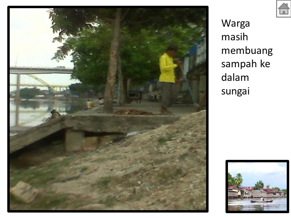 Warga masih membuang sampah ke dalam sungai