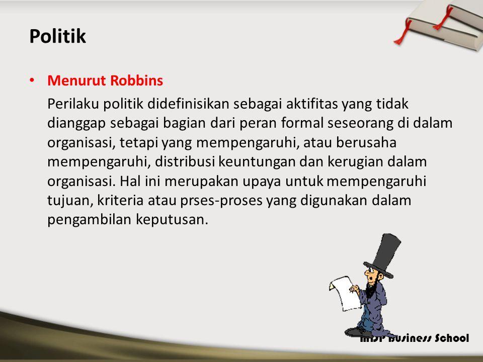 Politik Menurut Robbins