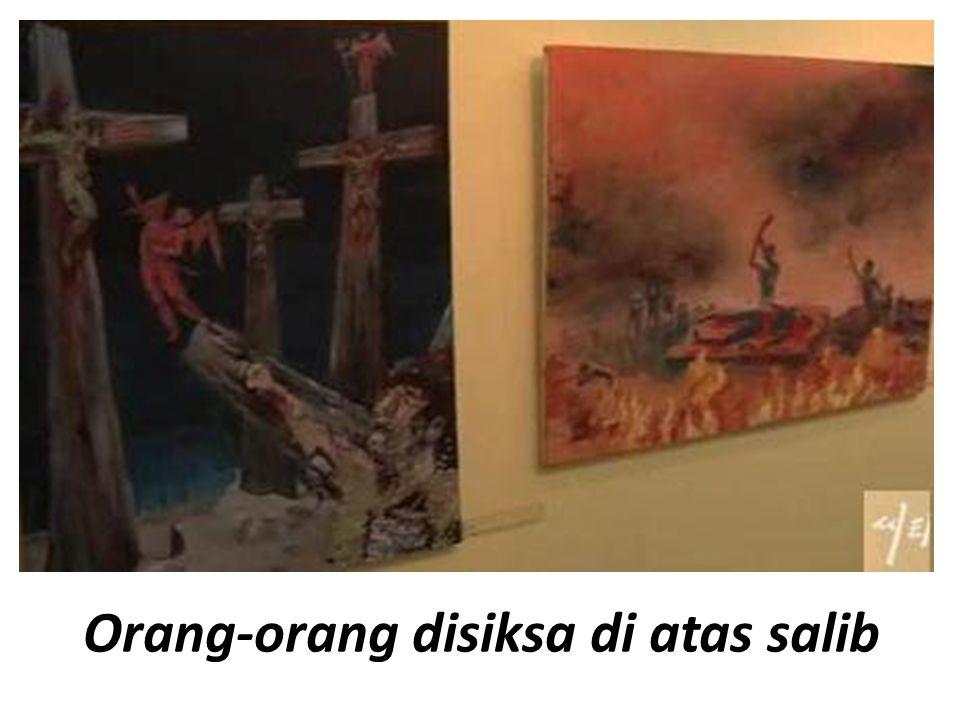Orang-orang disiksa di atas salib