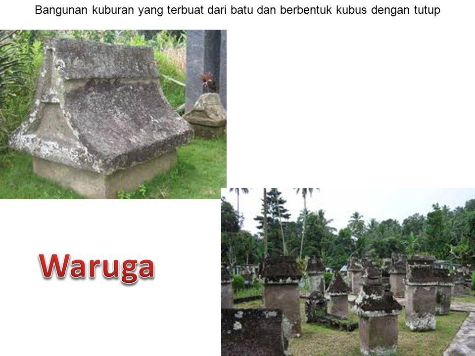 Bangunan kuburan yang terbuat dari batu dan berbentuk kubus dengan tutup