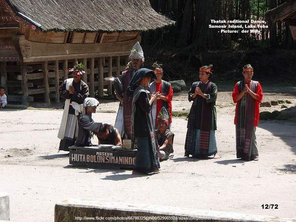Tbatak raditional Dance, Samosir Island, Lake Toba