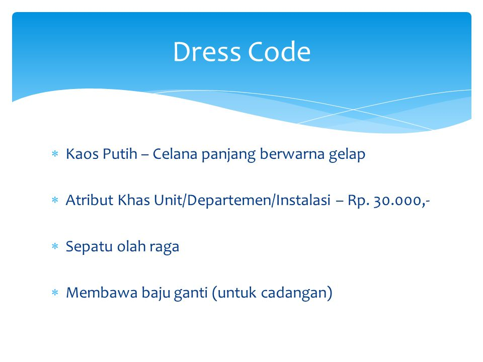 Dress Code Kaos Putih – Celana panjang berwarna gelap