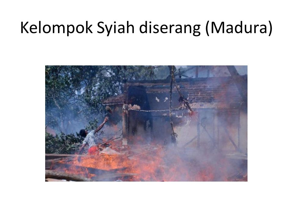 Kelompok Syiah diserang (Madura)