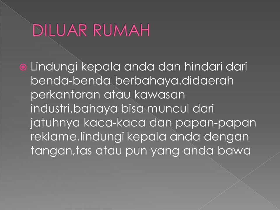 DILUAR RUMAH