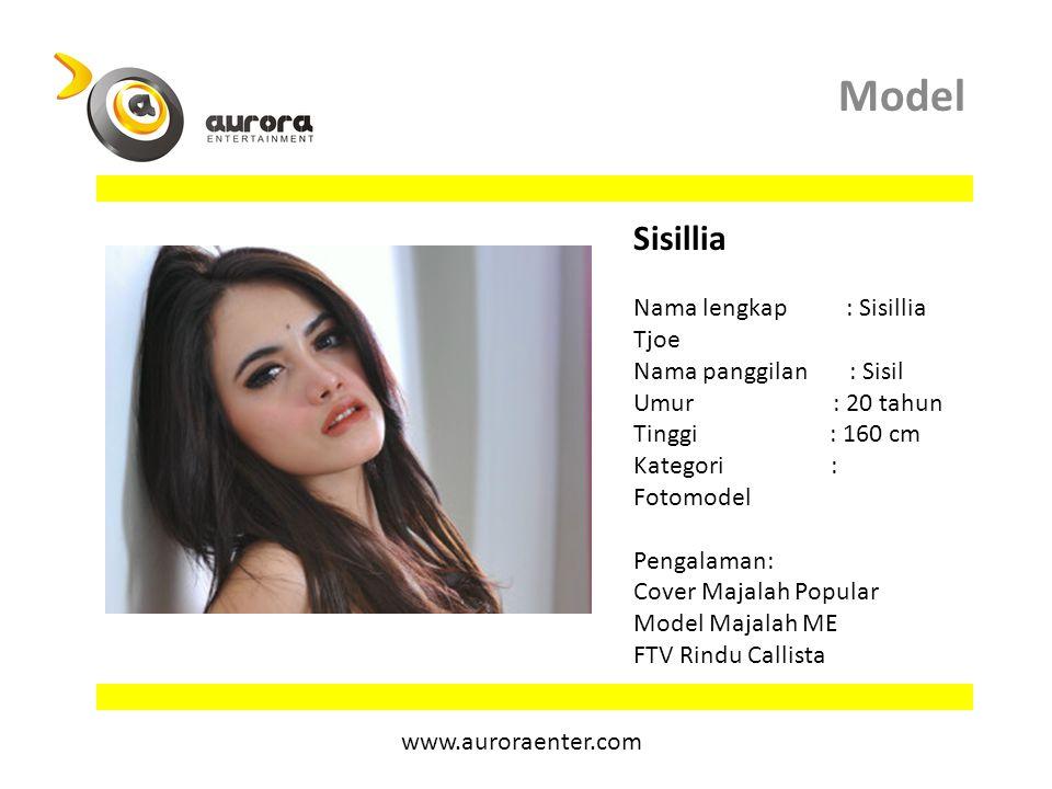Model Sisillia.
