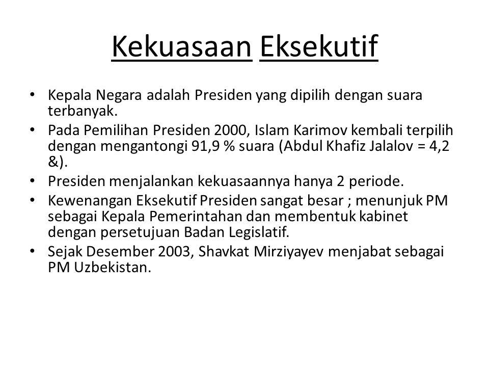 Kekuasaan Eksekutif Kepala Negara adalah Presiden yang dipilih dengan suara terbanyak.