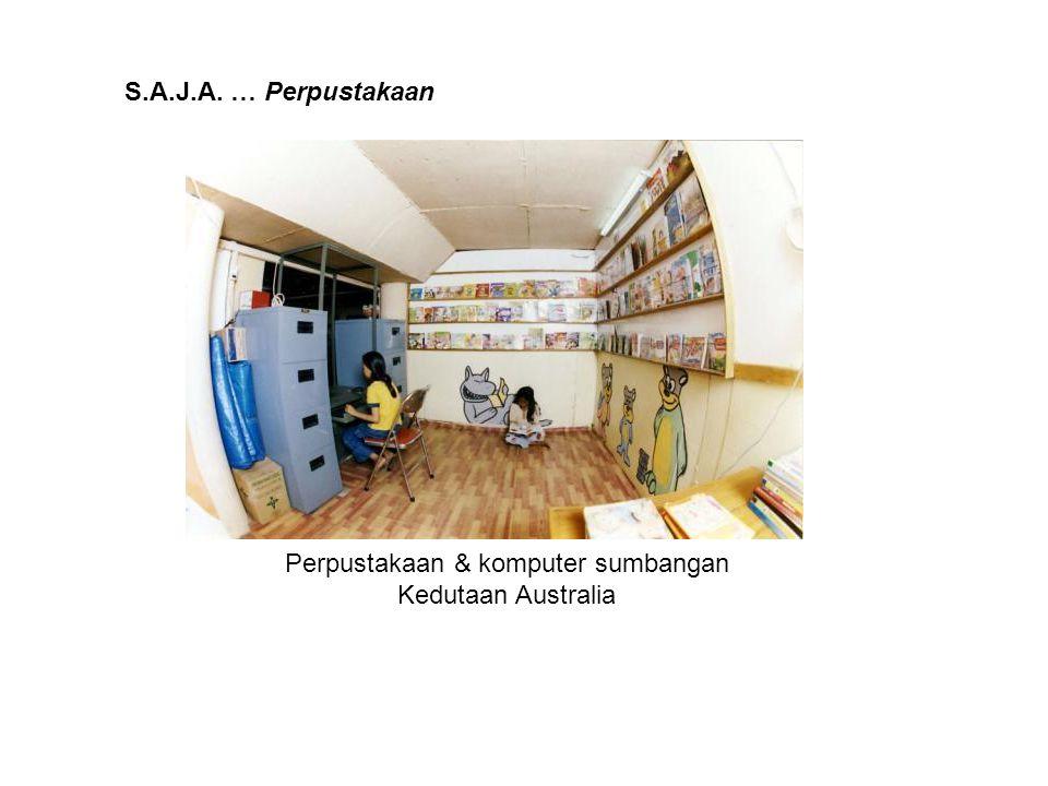 Perpustakaan & komputer sumbangan Kedutaan Australia