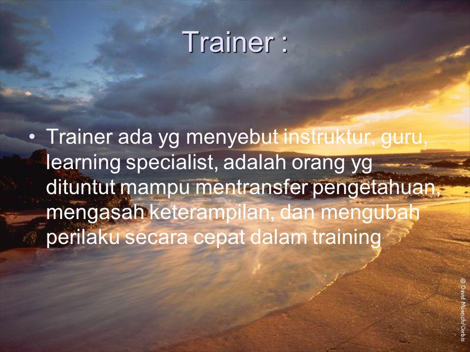 Trainer :