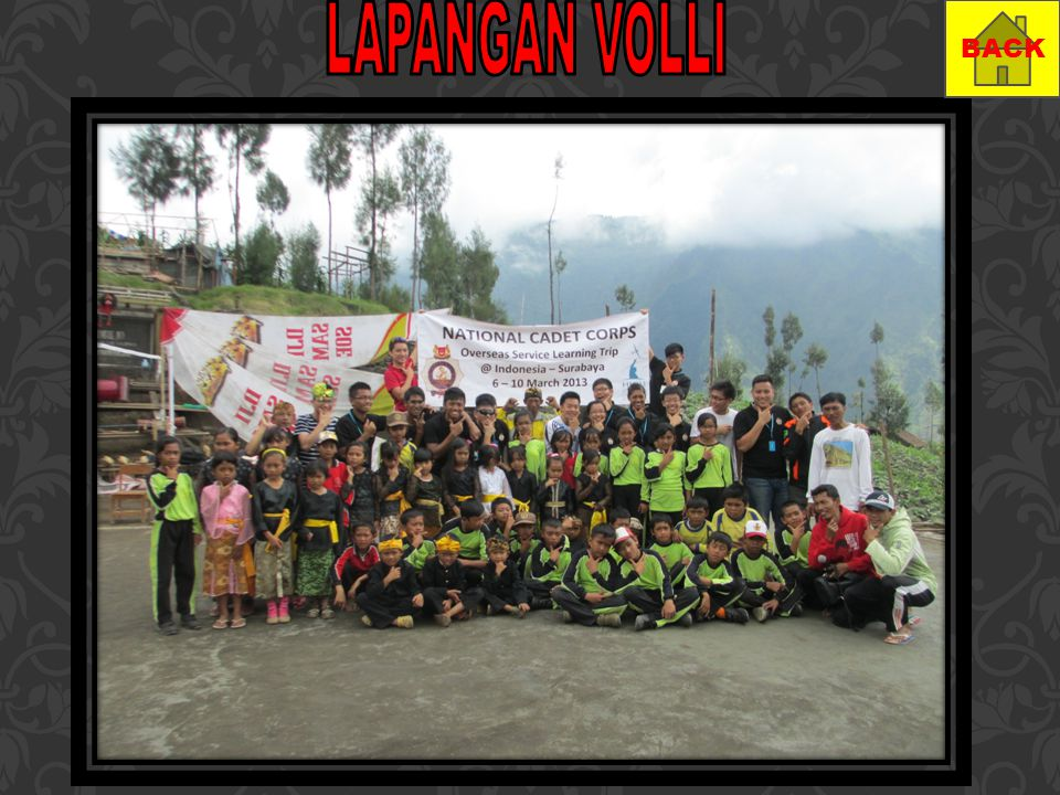 LAPANGAN VOLLI BACK